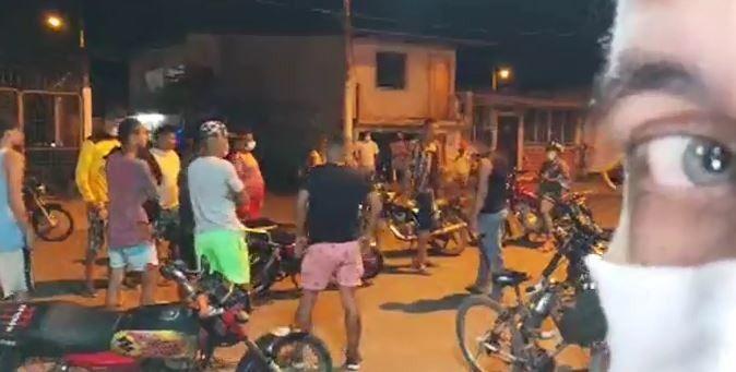 pelea callejera en Calceta